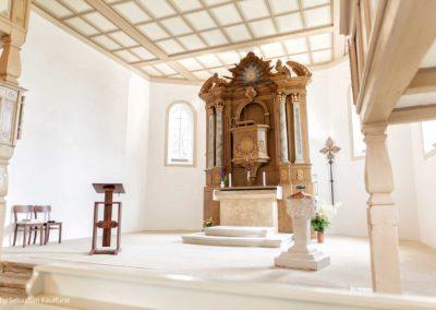 Altarraum der Kirche Liebenau